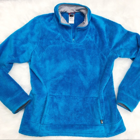 The North Face Sweaters - The North Face • Blue Fuzzy Pullover